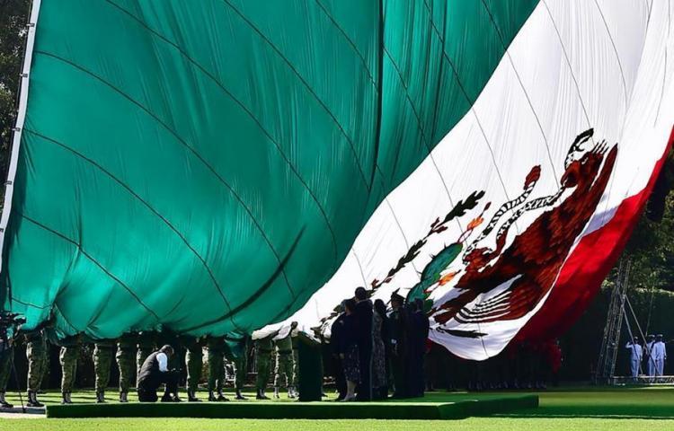 Cinco curiosidades sobre la bandera de México en su día nacional