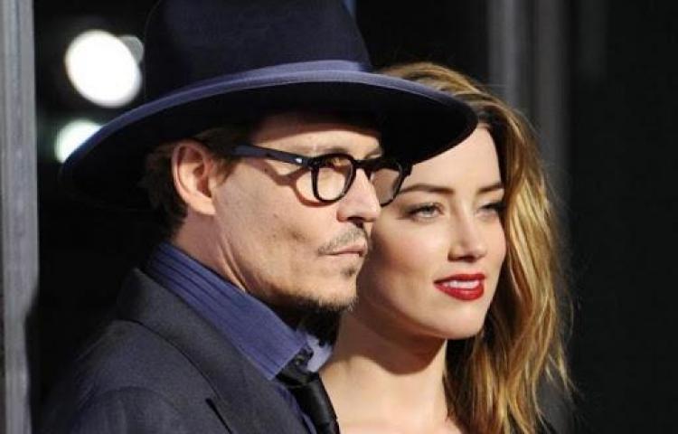 Johnny Depp niega las acusaciones de abuso a su exmujer Amber Heard