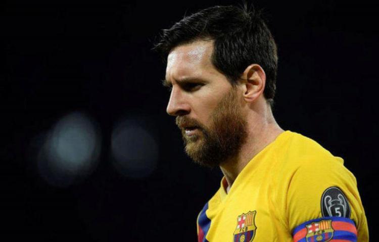 Messi puede jugar en Napoli