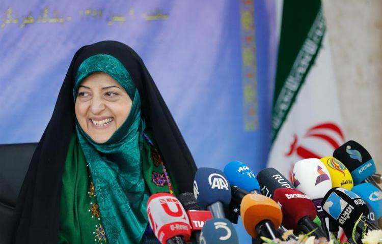 Contagiada de coronavirus la vicepresidenta iraní Masumeh Ebtekar