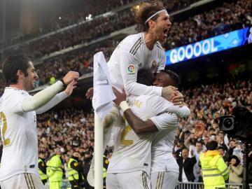 Real Madrid le gana 2-0 al Barcelona