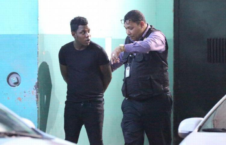 Arrestan a Yemil por el caso de violencia de género