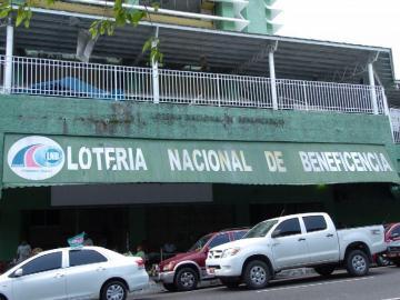 Detienen a alto funcionario de La Lotería Nacional