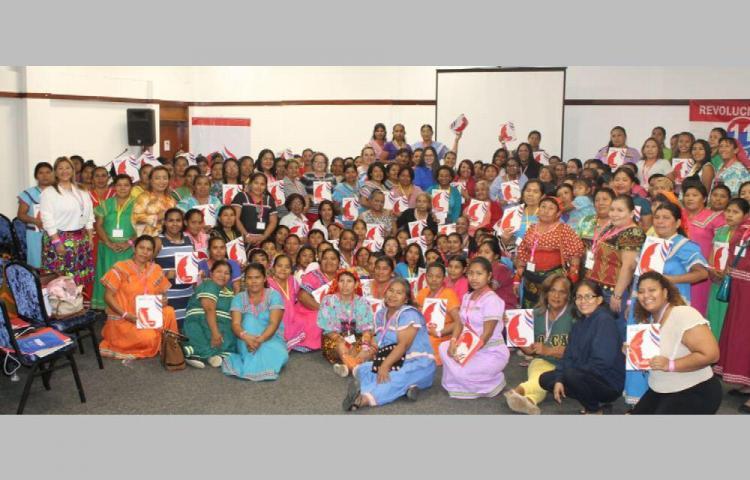 Empoderan a mujeres comarcales y rurales