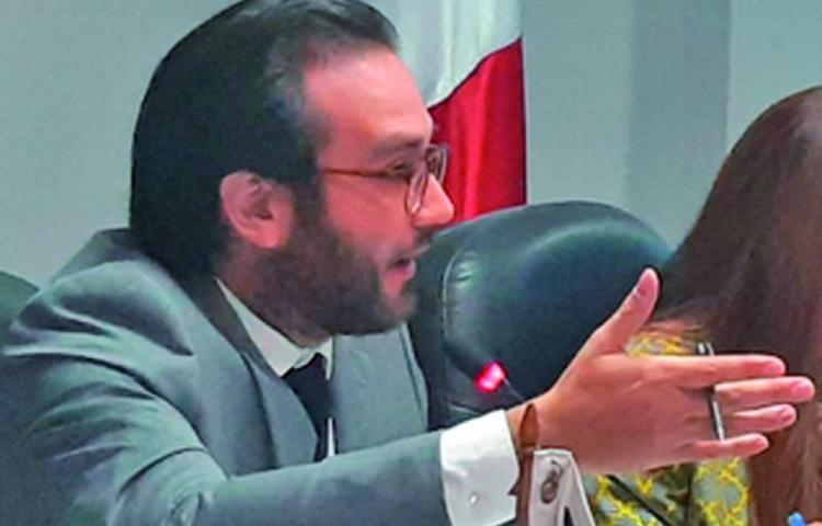Más transparencia piden diputados Independientes