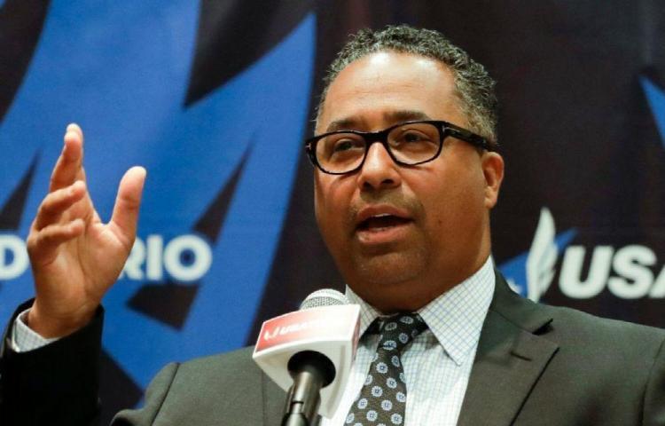Atletismo de EE.UU. pide el aplazamiento de los Juegos