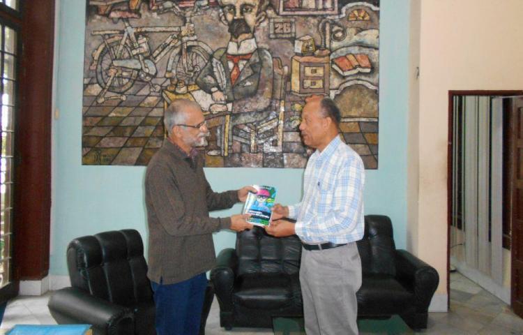 Libro ambiental panameño en Instituto Internacional de Prensa