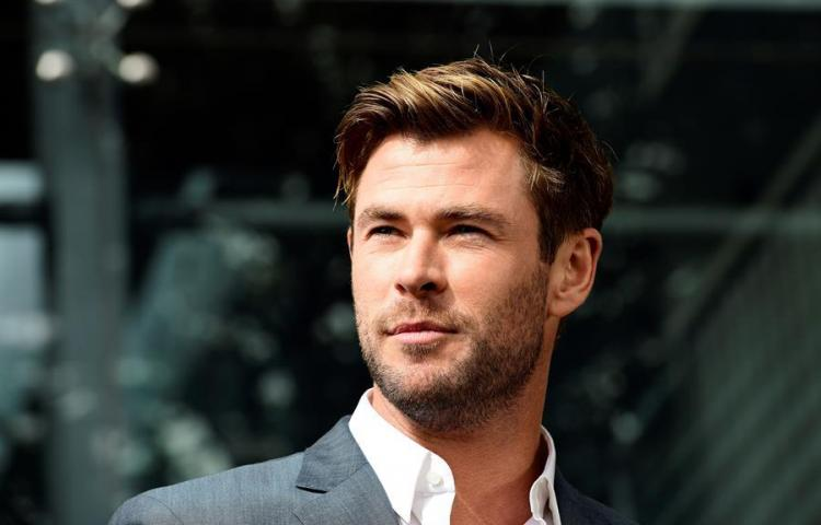 Chris Hemsworth, un intrépido mercenario del mercado negro