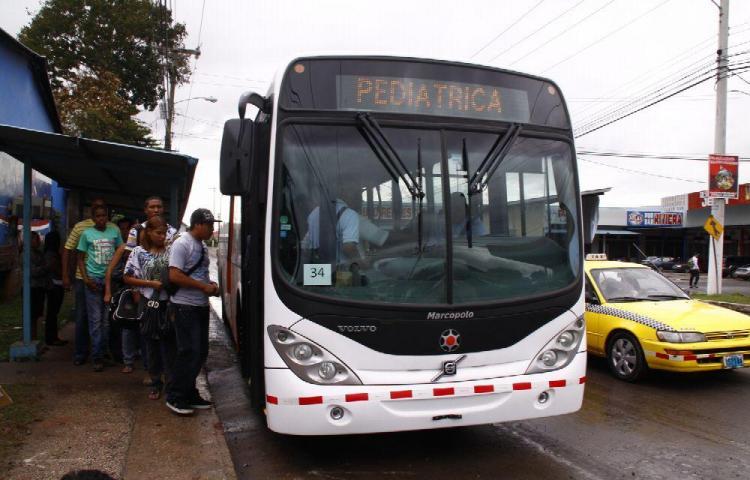 Metrobuses operarán en tres franjas horarias hoy domingo