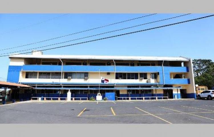 Desinfectarán el Beckmann y otras escuelas usadas como albergues