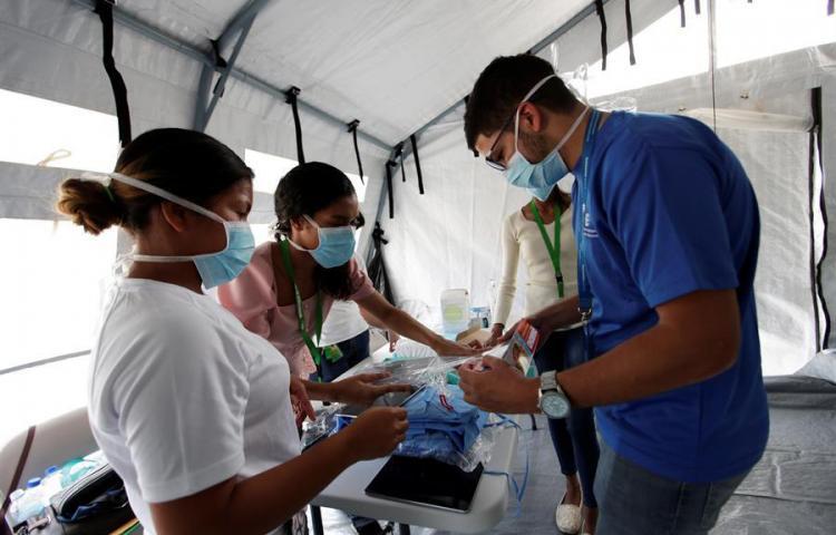 Un total de 2,100 casos de COVID-19 en Panamá