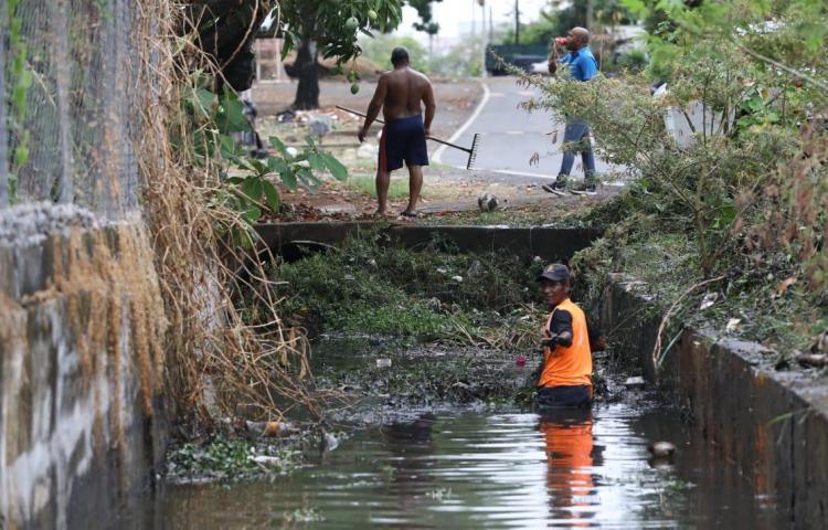 Llegaron las lluvias y con ellas accidentes de tránsito e inundaciones