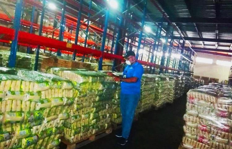 Incautan cargamento de arroz de contrabando