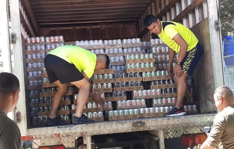 SENAFRONT y Fuerza Pública incautan contrabando de licor