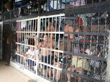 Denuncian a funcionario del Sistema Penitenciario por mantener sustancias ilícitas