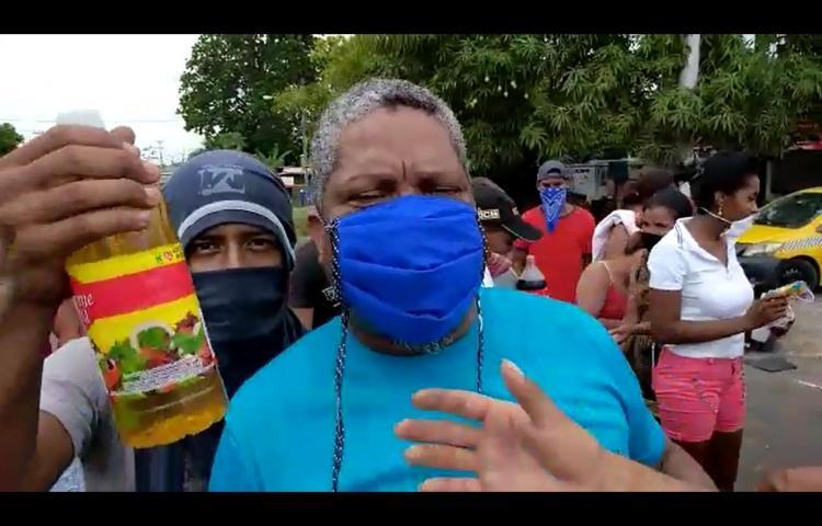 En Cabra, de Pacora, insatisfechos por la comida que contiene la bolsa solidaria
