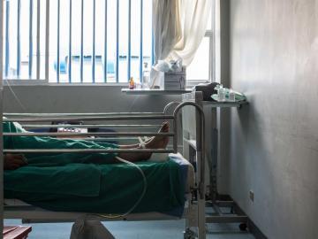 Perú lucha sin tregua contra la pandemia Que Amenaza con desbordar El Sistema sanitario
