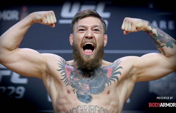 """McGregor """"tiembla"""" al ver cómo golpeaba"""