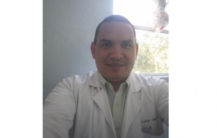 Hombre mata al 'doctor del béisbol' en el hospital de David, Chiriquí, y luego se suicida