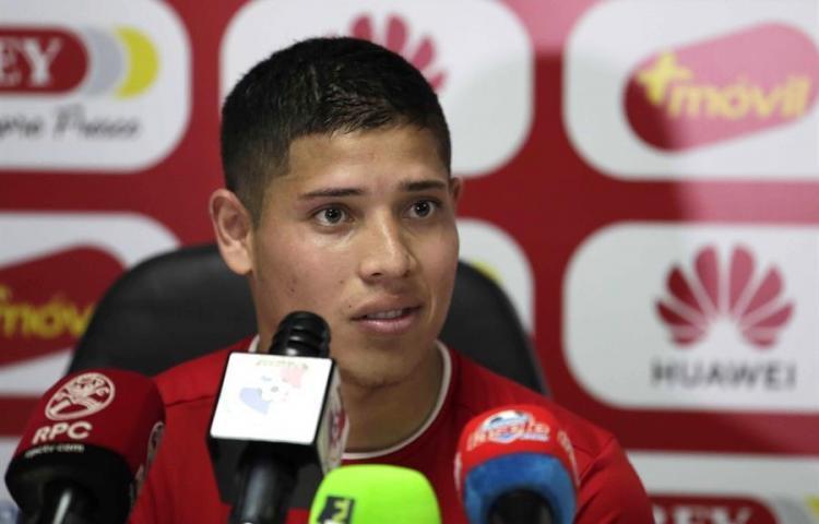 Panameño Cristian Martínez ya pasa la cuarentena en su país