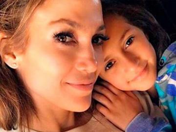 Hija de Jlo debutará como escritora