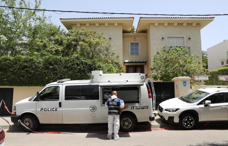 Encuentran muerto en su residencia al embajador de China en Israel