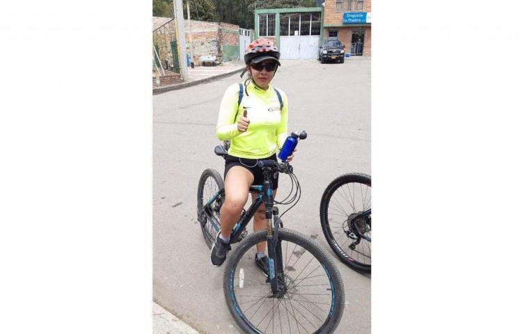 Asesinan a una enfermera colombiana en Bogotá para robarle su bicicleta