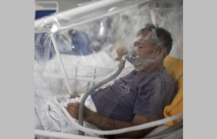 Brasil desbordado por el coronavirus