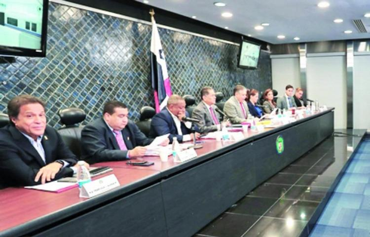 Una mujer estará en la vicepresidencia de la Asamblea Nacional, asegura Corina Cano