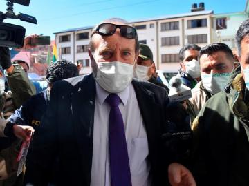 A prisión un exministro boliviano por la compra de respiradores en España