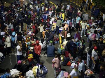 Venezolanos desplazados por Suramérica vuelven a su país huyendo del COVID-19