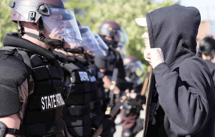 Representantes neoyorquinos critican dura respuesta policial ante protestas