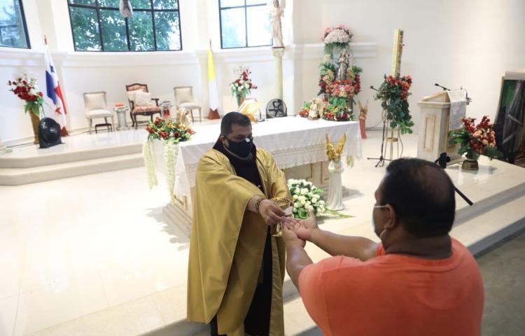 """Así es la """"nueva normalidad"""" en la Parroquia el Señor de los Milagros"""