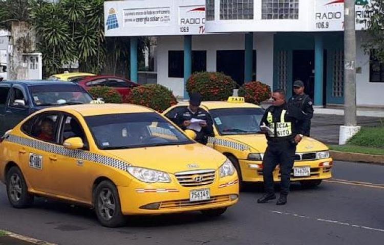 Taxis vuelven a circular sin restricción por placa, excepto en Panamá y Panamá Oeste