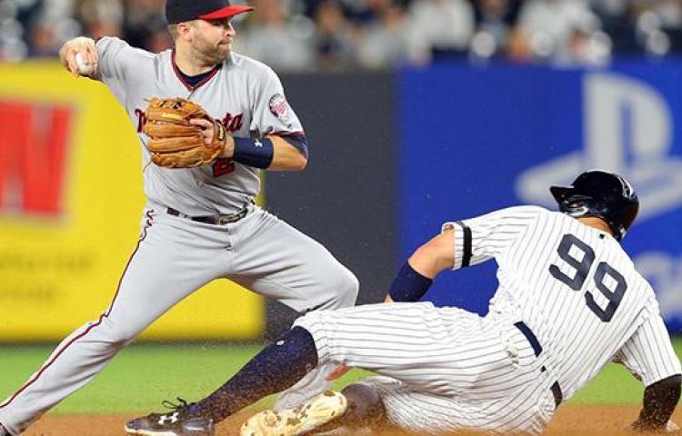 MLB busca llegar a un acuerdo con jugadores