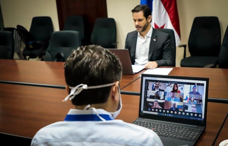 Martínez: Personas con salvoconducto no serán beneficiadas con el vale digital
