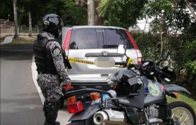 Recuperan auto robado en Colinas del Sol
