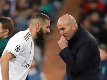 """Zidane: """"No comparto que el 9 del Madrid tenga que marcar siempre"""""""