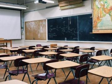 Escuelas privadas piden $10 mil y Meduca dice que no se puede comprometer