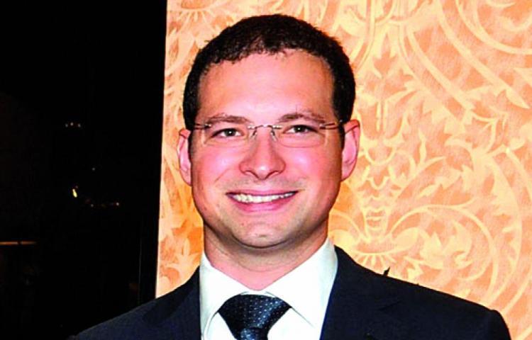 Minsa aún sin autorizar el regreso de Luis Martinelli Linares y familia