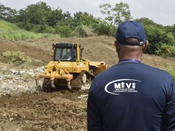 Preparan terreno en Ancón para familias del derrumbe en Villa María
