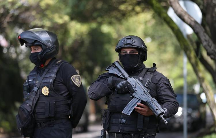 Autoridades mexicanas confirman 19 detenidos por atentado a jefe de policía