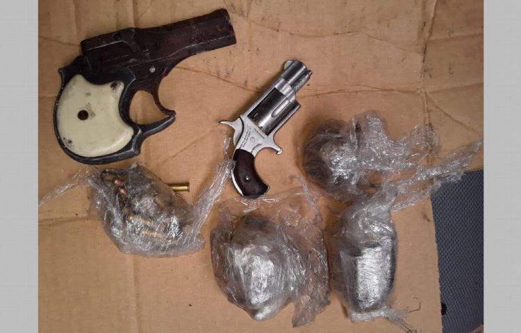 Armas, drogas y municiones decomisados en La Nueva Joya