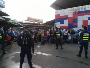 Nicaragüenses amenazan cerrar la vía hacia frontera Tica si no reciben apoyo