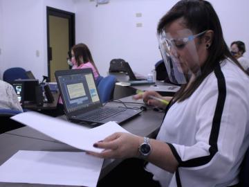 Meduca evalúa currículo de aprendizaje para el retorno a clases