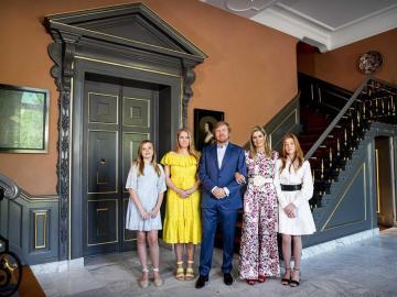 "A la monarquia europea le gusta vestir ""a la española"""