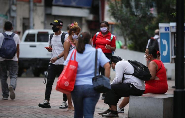 Minsa confirma 988 casos nuevos de covid-19 en Panamá