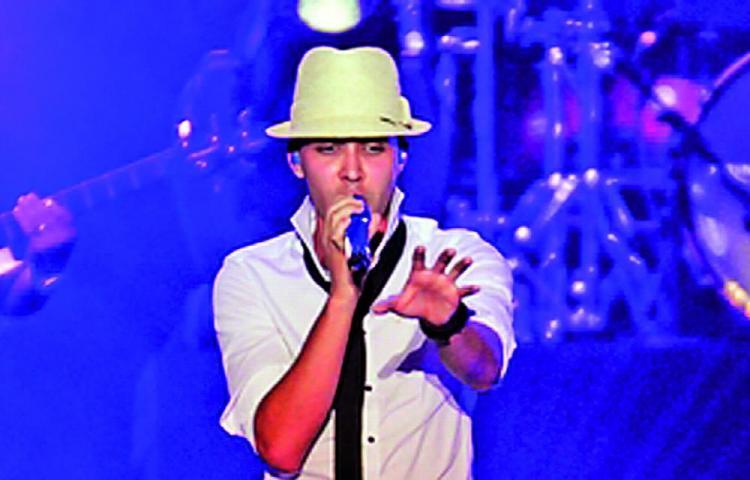 Prince Royce revela que tiene coronavirus