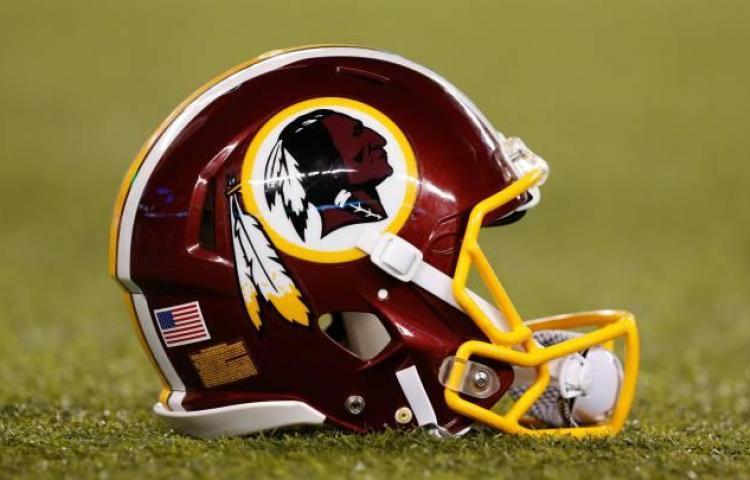 Dueños de los Redskins buscan vender participaciones