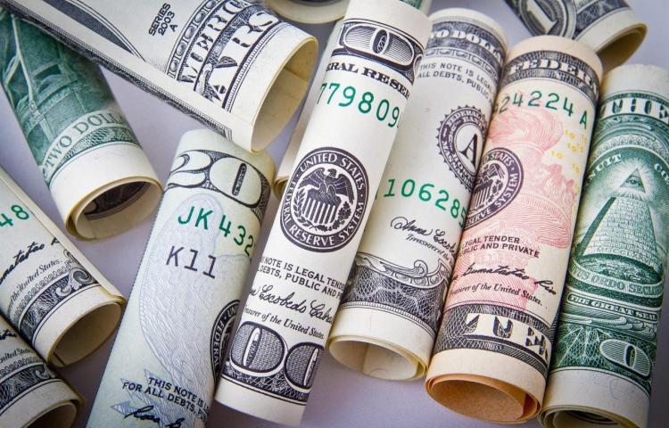 Definen financiamiento para panameños de recursos limitados y Pymes